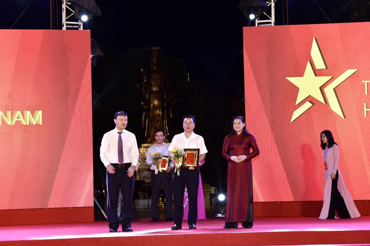 """TCT May 10 với chương trình """"Tự hào hàng Việt Nam"""""""