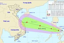Áp thấp nhiệt đới hướng vào Biển Đông, khả năng mạnh thành bão