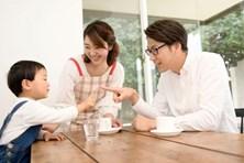 Quy tắc '5 phải, 3 không' dành cho cha mẹ